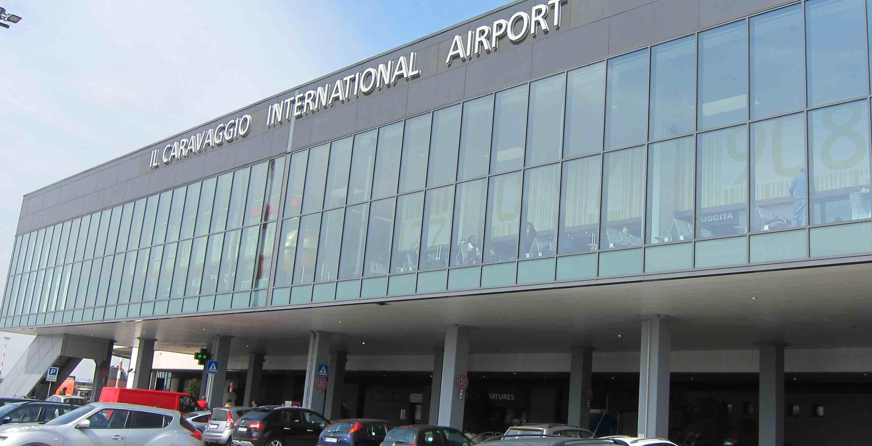 Aeroporto Orio Al Serio : File aeroporto orio al serio g wikimedia commons