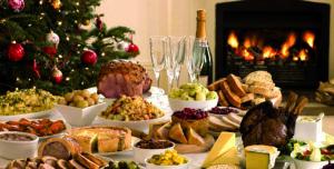 20-come-organizzare-il-pranzo-di-natale-ba6153ff0f22e454064acf742f1ac721-e1418919218434
