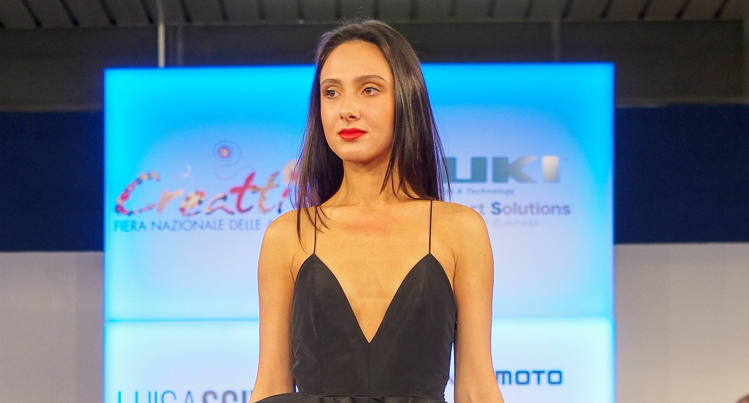Célèbre A Creattiva torna la sfida live tra giovani stilisti. Pedrali  ZN11