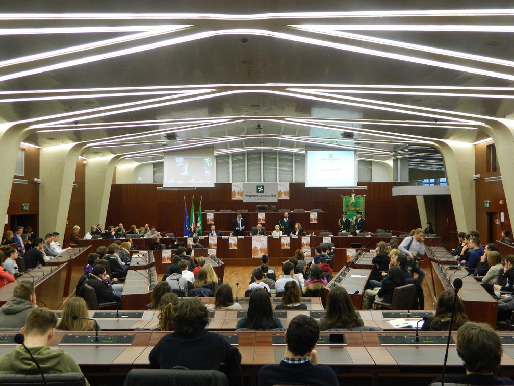Criminalità, la Lombardia approva il patrocinio per chi si difende