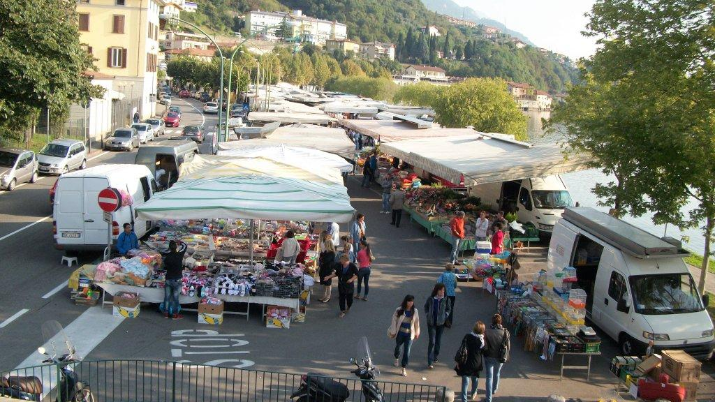 mercato lovere (1)
