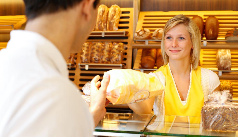 Commercio e servizi cominciano a credere nella ripresa. Ma il turismo soffre la situazione di incertezza