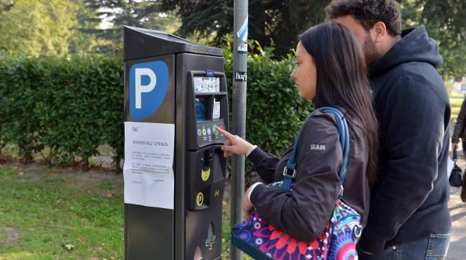 In centro parcheggi a pagamento anche la domenica. I timori dell'Ascom