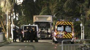 L'attentato a Nizza è avvenuto sulla promenade des Anglais