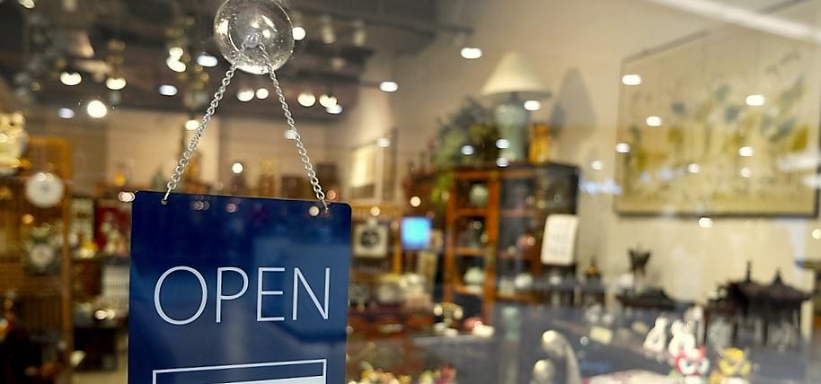 Bergamo, commercio e servizi vedono la luce: gli imprenditori scommettono sulla ripresa