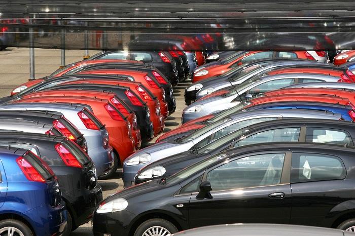 Incentivi per le auto usate: boom di richieste ma la domanda supera l'offerta