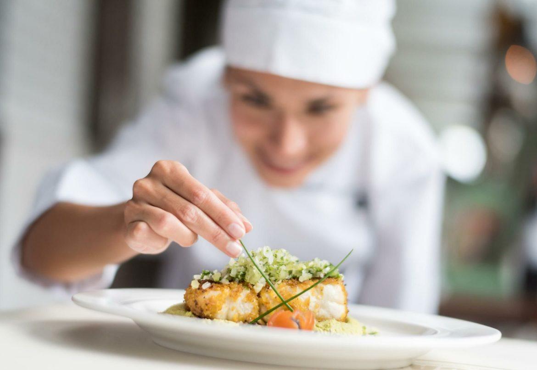 Chef stellate: brillano in cucina, meno sui media