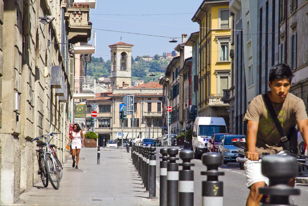 Bergamo - via Quarenghi _ph Maria Zanchi