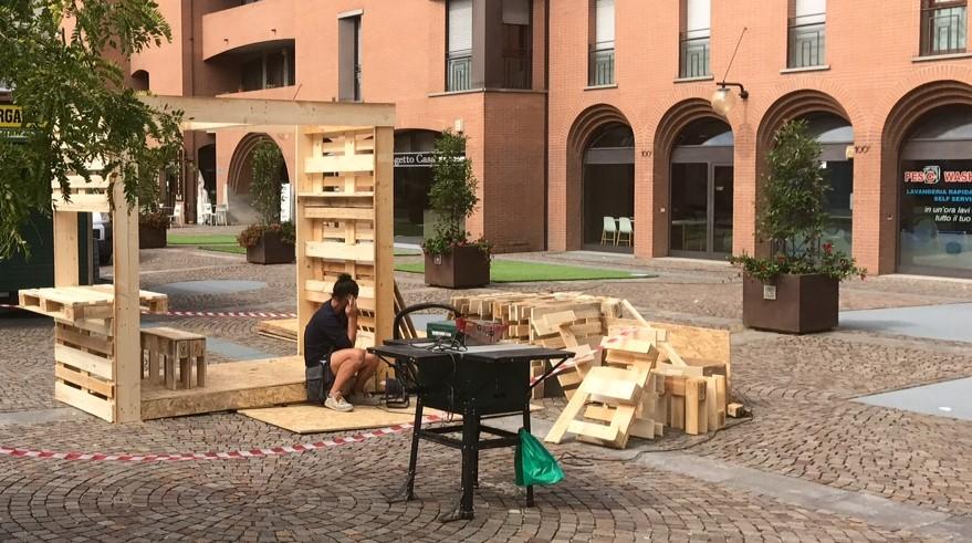 Borgo Palazzo, la piazzetta rossa diventa green