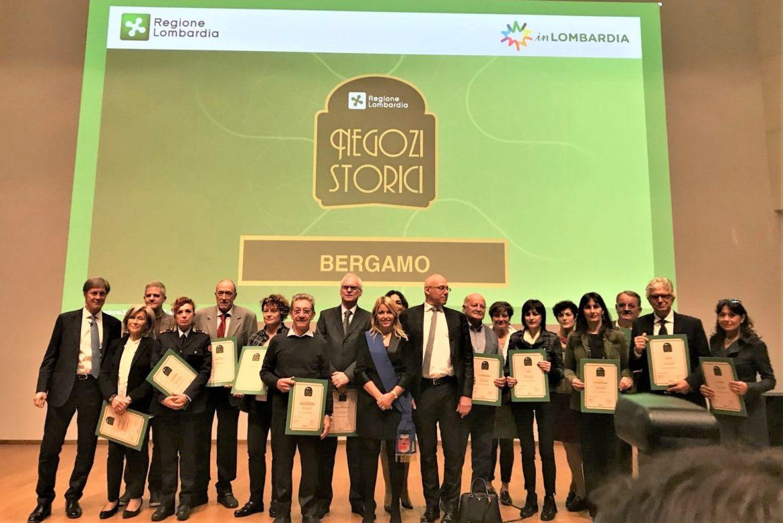 Negozi Storici, 16 insegne bergamasche premiate a Milano