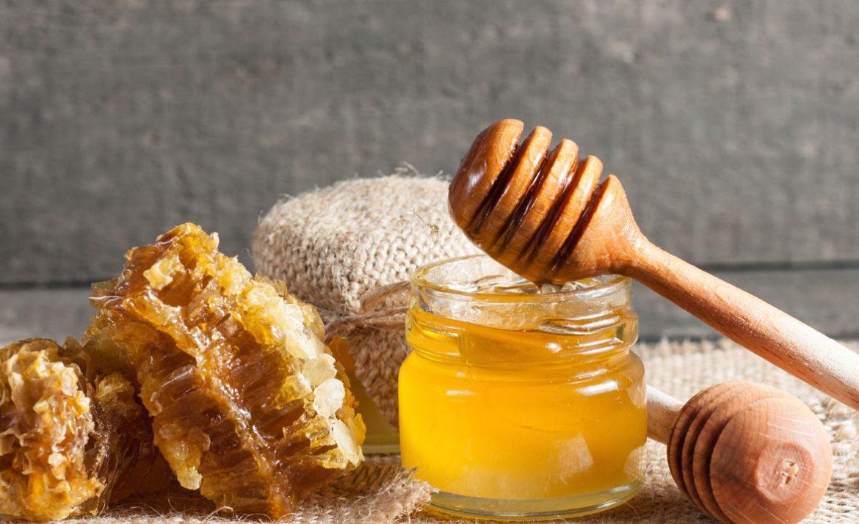 Il miele a tavola, come il sale
