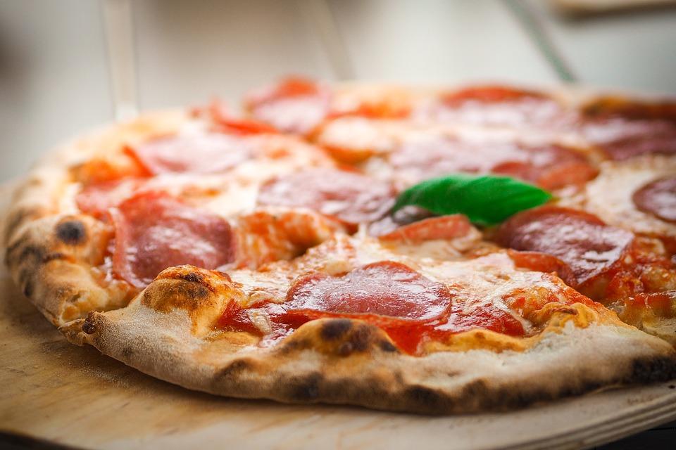 Corso per aspiranti pizzaioli