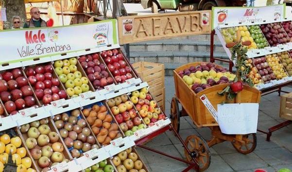"""A Piazza Brembana c'è la """"Sagra della Mela e dei prodotti tipici della Valle Brembana"""""""