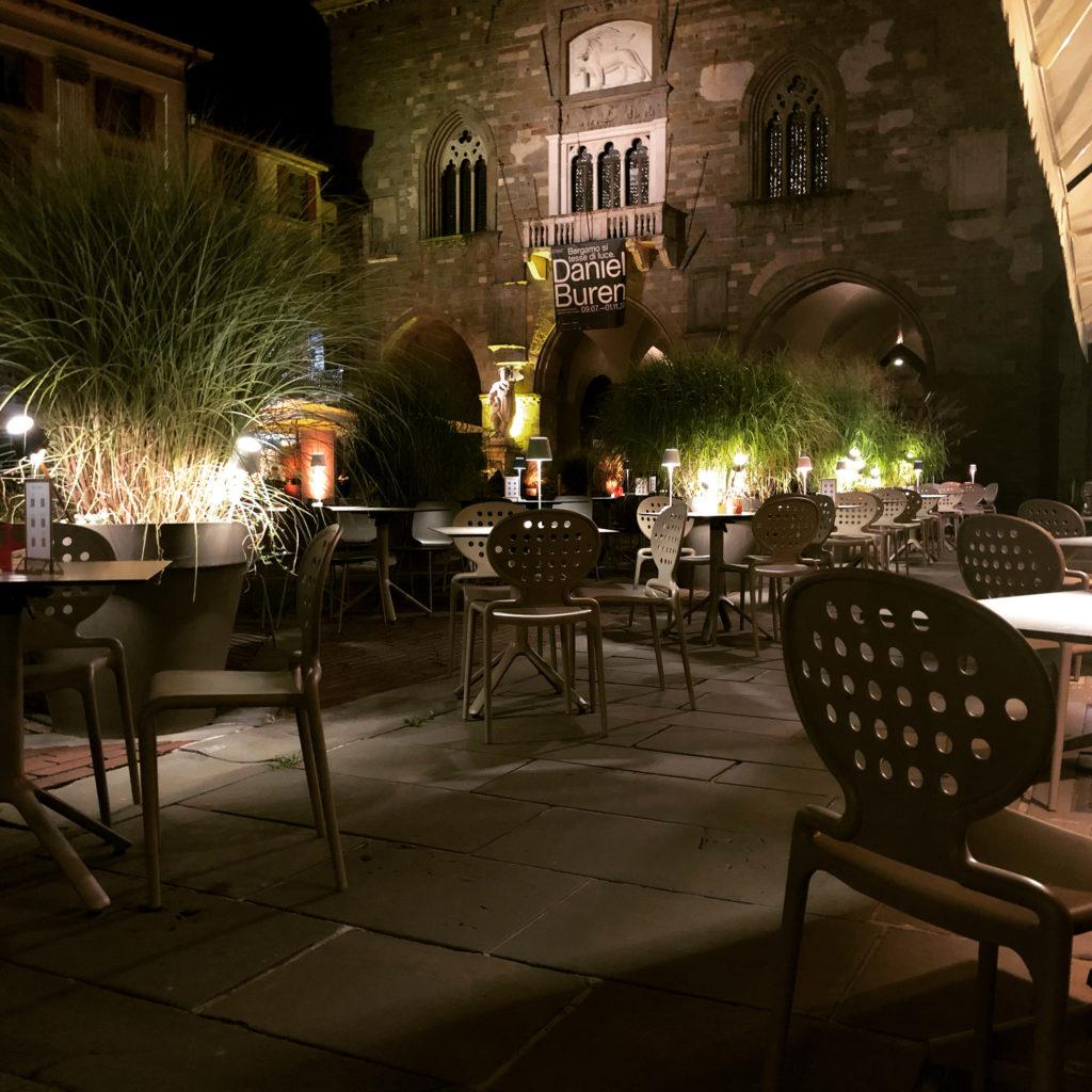 Borgo in piazza Vecchia