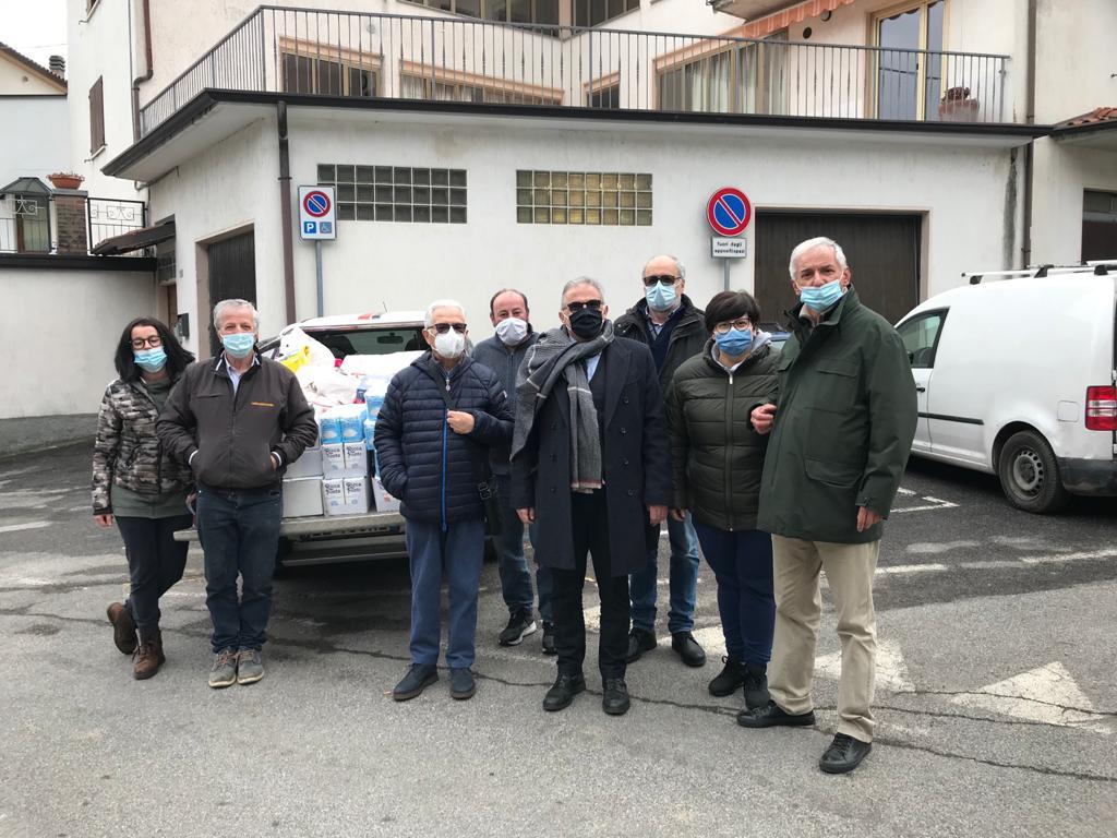 L'unione fa la forza: alimenti e non solo ai negozianti di Parzanica
