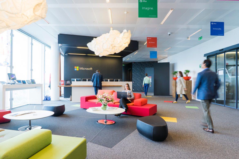 Visite su appuntamento e grandi spazi: ipotesi riapertura dei negozi di mobili in zona rossa